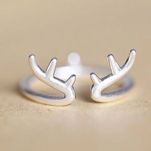 Jewelry - New! Cute deer antler ring